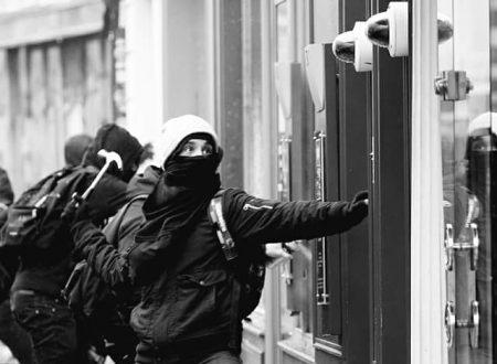 Besançon [Francia] : Contro i collaboratori dell'Andra (29/09/2018)