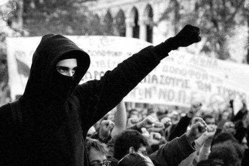 """Italia: Inizio processo """"Operazione Panico"""" (09/10/2018)"""