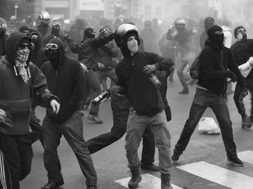 Milano – Iniziative in solidarietà con lo sciopero della fame di Paska