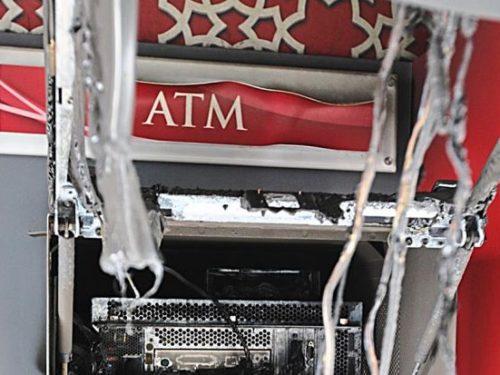 Istanbul (Turchia) – Rivendicato incendio di un bancomat