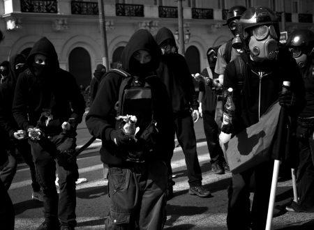 Paesi Bassi: Assoluzione per tutti gli arrestati durante gli scontri del 19 novembre 2016 a Kerkplein