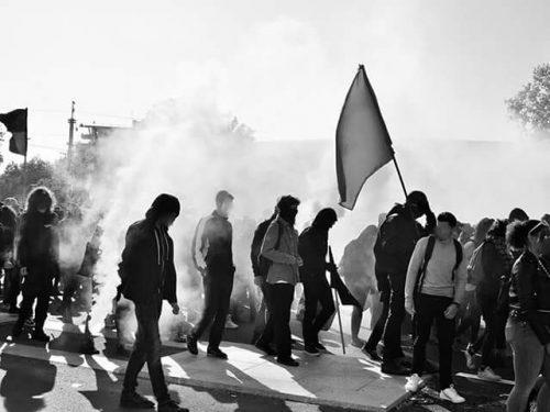 Bolzano – Saluto sotto al carcere in solidarietà con Paska e tutti i detenuti