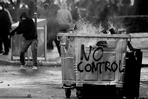Genova, Bologna, Lecce, Cremona – Solidarietà ai compagni arrestati