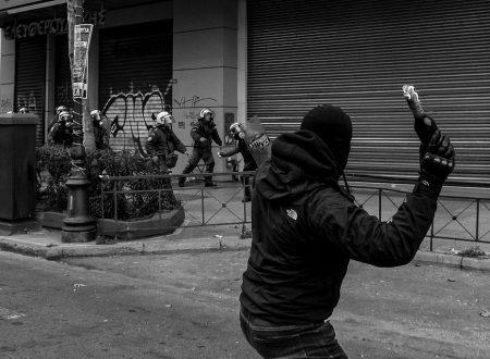 Saronnno – Solidarietà ai compagni e alle compagne di Torino