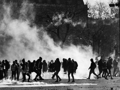 Puglia – Solidarietà ai compagni arrestati a Torino e Trento