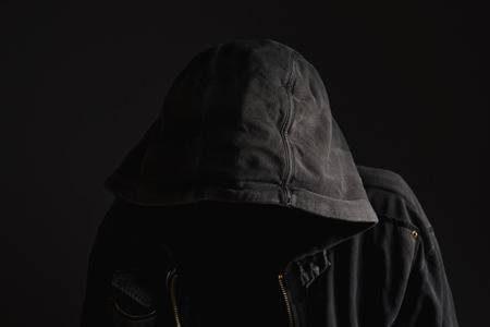 Etica cercasi – Ovvero – Una favoletta avvolte anarchica