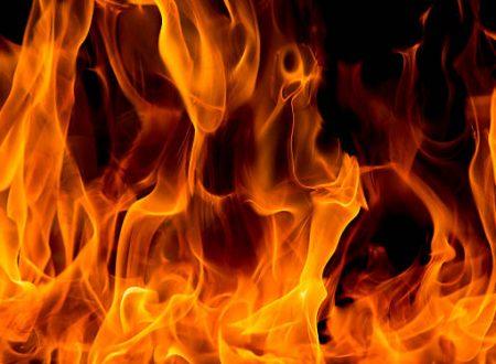 Salonicco, Grecia: Rivendicazione dell'incendio di un'automobile diplomatica
