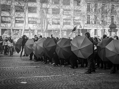 Trento – Blocco stradale in solidarietà con Silvia e Anna in sciopero della fame