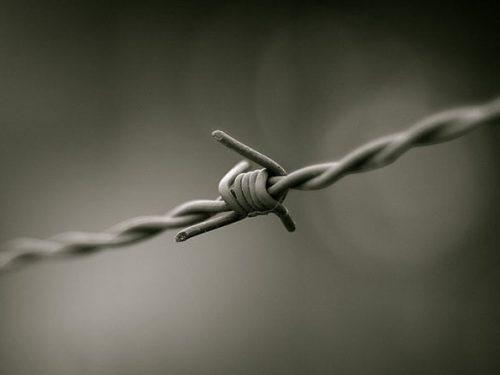 Italia: Sequestro e tentata deportazione dell'anarchico Divine Umoru