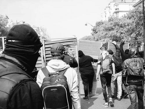 Trento – Piccoli gesti di solidarietà con Anna, Silvia e gli altri compagni in sciopero della fame