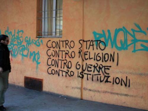 Sgombero a Lecce