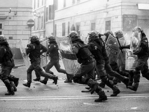 Verona – Una perquisizione e un arresto