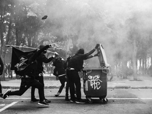 Mano alle polveri! Solidarietà diretta con gli anarchici prigionieri