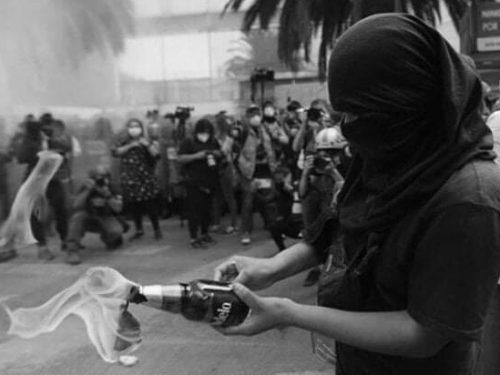 Cile: Sulla situazione dei compagni Francisco Solar e Mónica Caballero