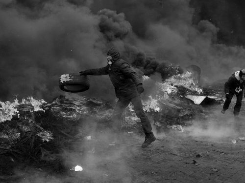 Cile: Un anno dopo la rivolta popolare, il fuoco anarchico riacquista forza